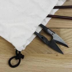 thread snip scissors