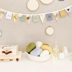 Mini garland to decorate