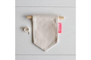 Mini fabric flag to decorate