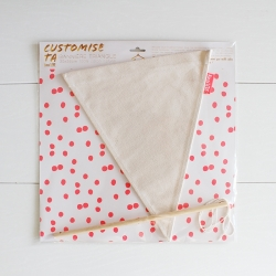 Fabric triangle banner to decorate