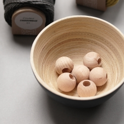 the natural wooden decorative beads - 2cm