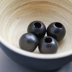 Black wooden beads 2 cm