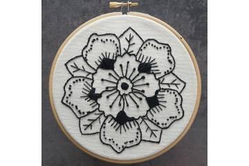 Maille Kit - Embroidery Black Mandala