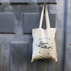 Embroidery kit - Totebag queen of handmade