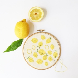 Embroidery pattern for home - Squeezed lemons