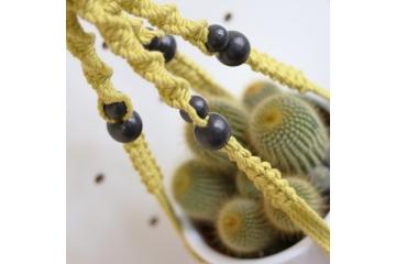 Perles en bois noir 2 cm