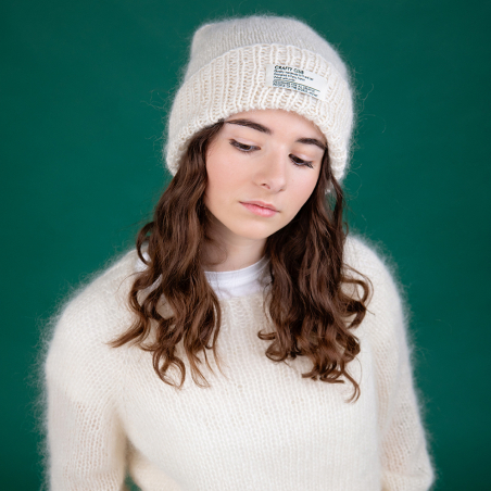 Ready-to-create hat knit...