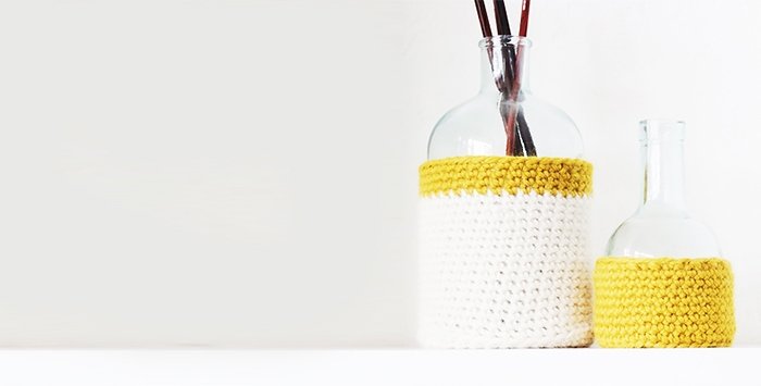 Hooked flower-pot holder
