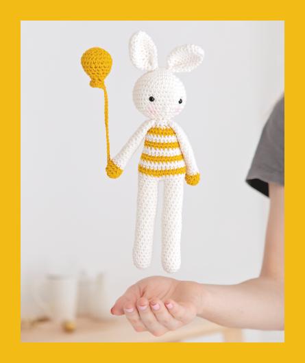 KIT CROCHET SOMEBUNNY : parce qu'on a tous besoin d'un doudou lapin dans nos vies
